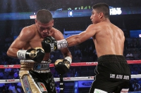 Garcia Lopez Garcia, Crawford impressive on HBO