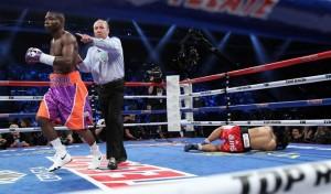 Rigondeaux Looknongyantoy 680 300x176 Rigondeaux retains title belts by KO 1st round