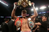 PHOTO Montreal 1 Kovalev stops Pascal by KO retains light heavyweight title